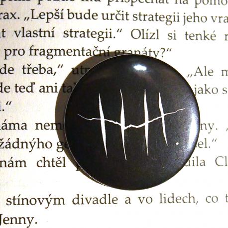 Placka trhlina (černá)